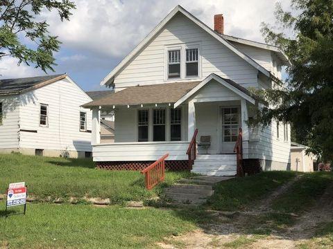 503 E 3rd St, Maryville, MO 64468