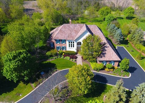 Photo of 115 New Abbey Dr, Inverness, IL 60010