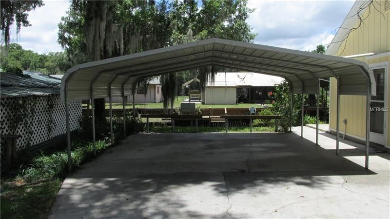 923 Cr 463 A, Lake Panasoffkee, FL 33538