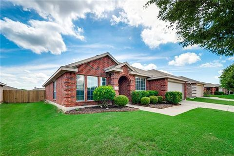 Photo of 713 Orchid Blvd, Royse City, TX 75189