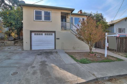 Photo of 931 Hargus Ave, Vallejo, CA 94591