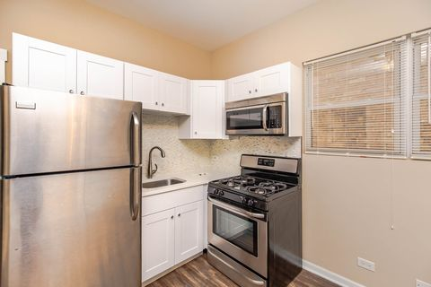Photo of 2445 N Clybourn Ave Unit 24451, Chicago, IL 60614