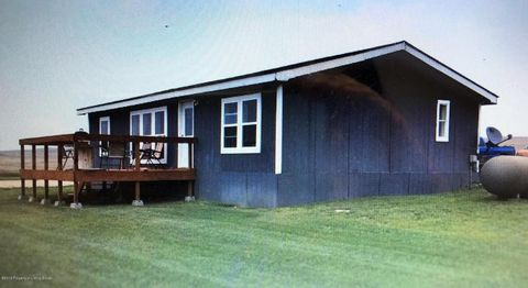 5298 153rd Ave Nw, Williston, ND 58801
