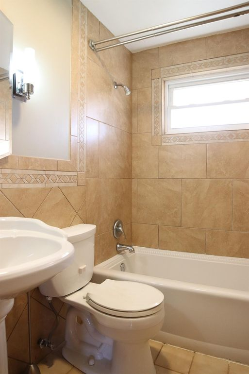 3309 Rio Grande Ln, Newtown, OH 45244 - Bathroom
