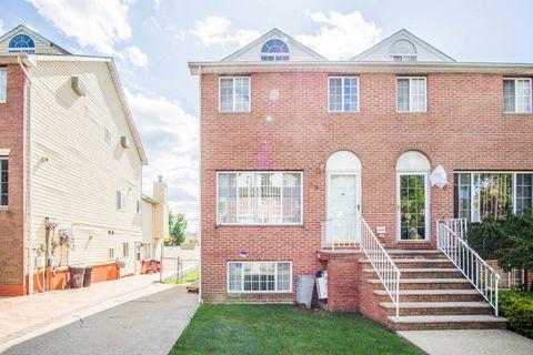68 Monahan Ave, Staten Island, NY 10314