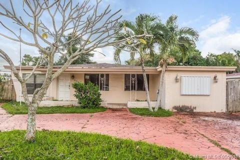 Photo of 3120 Sw 17th St, Fort Lauderdale, FL 33312