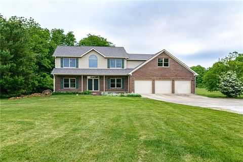 Photo of 10317 N County Road 650 E, Brownsburg, IN 46112