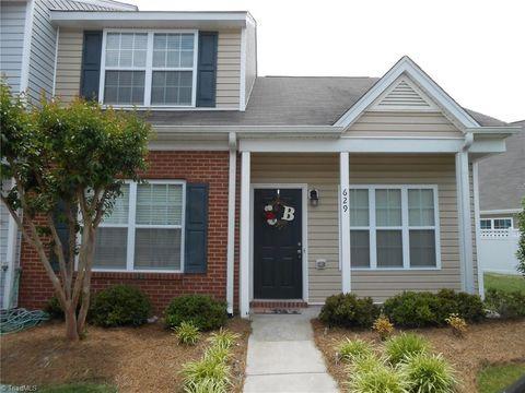 629 Grasswren Way, Greensboro, NC 27409
