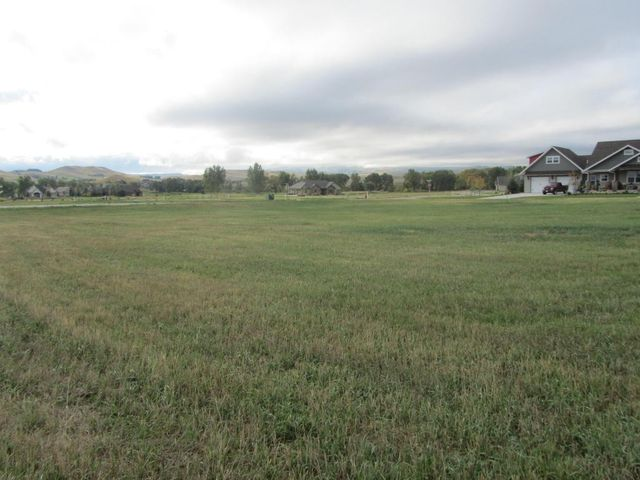 Cottonwood Building Sheridan Wy For Sale