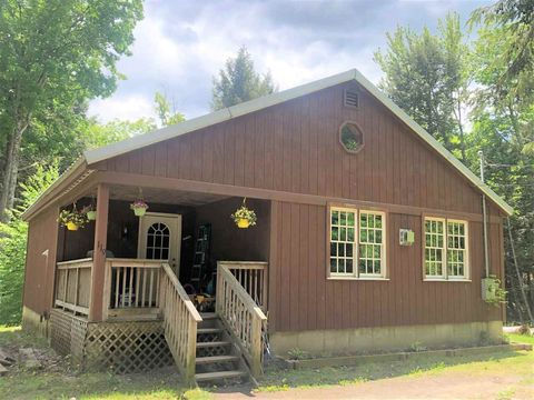 119 S View Rd, West Windsor, VT 05037