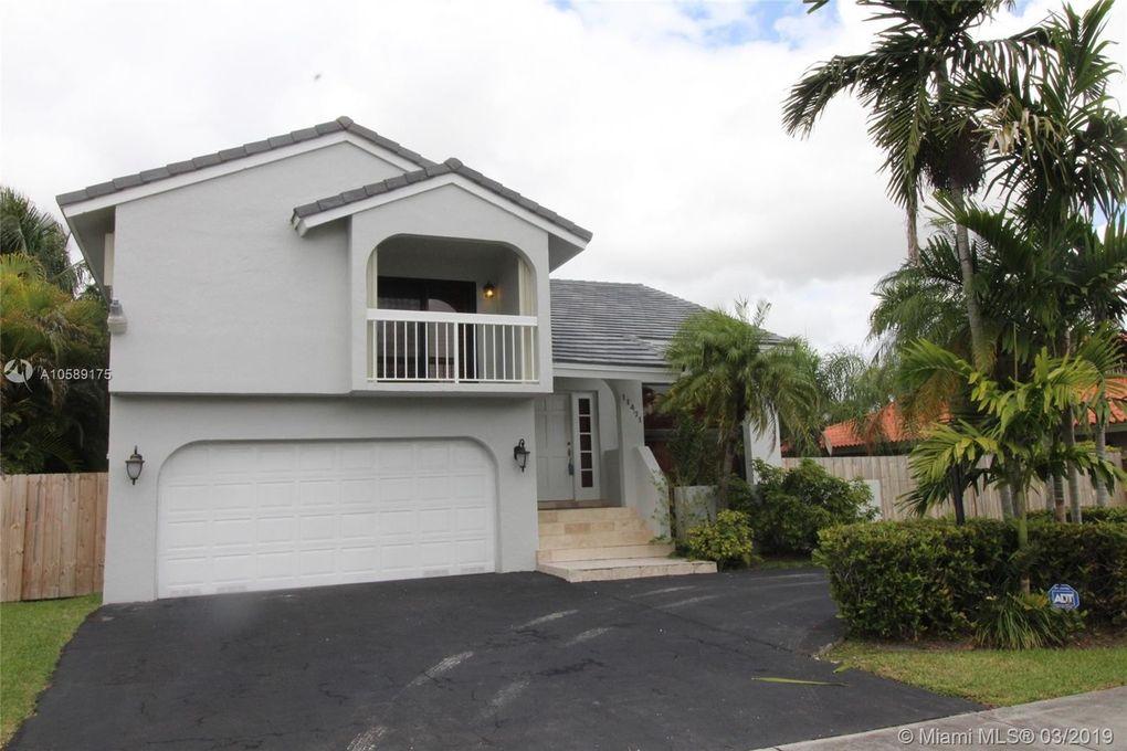 11471 Sw 102nd St, Miami, FL 33176