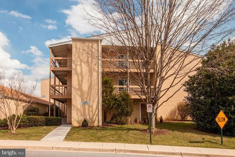 Photo of 15101 Glade Dr Unit 101, Silver Spring, MD 20906