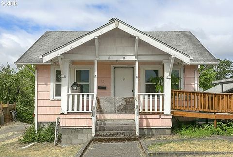 Photo of 475 S 4th St, Saint Helens, OR 97051