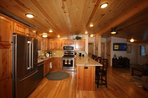 Photo of 35800 Northview Harbor Dr, Pequot Lakes, MN 56472