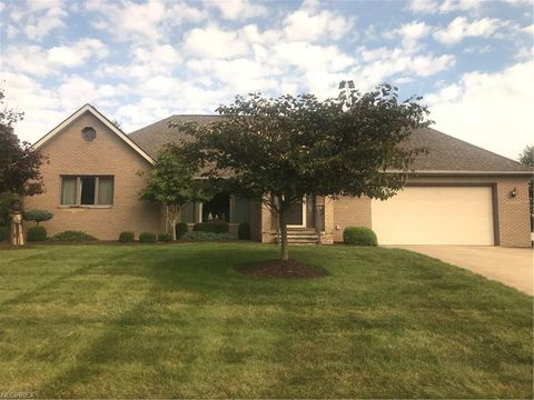 Photo of 8853 Michaels Ln, Broadview Heights, OH 44147
