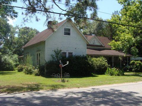 136 N Manning St, Funston, GA 31753