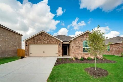 Photo of 6012 Obsidian Creek Dr, Fort Worth, TX 76179