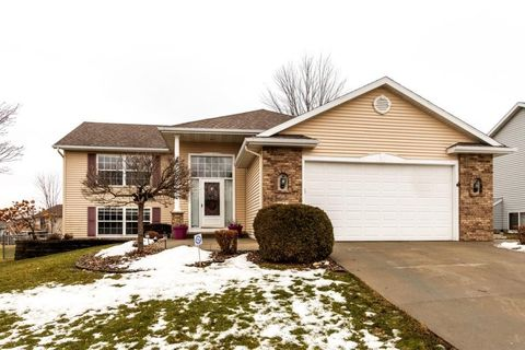 4622 5th St Nw, Rochester, MN 55901