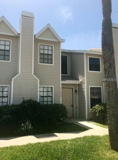 12682 Castle Hill Dr, Tampa, FL 33624