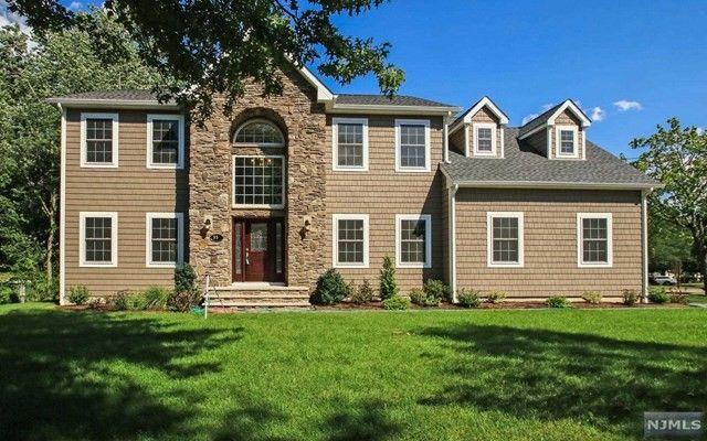 554 beech ln paramus nj 07652 home for sale real estate. Black Bedroom Furniture Sets. Home Design Ideas