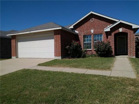 1745 Diamond Lake Trl, Fort Worth, TX 76247