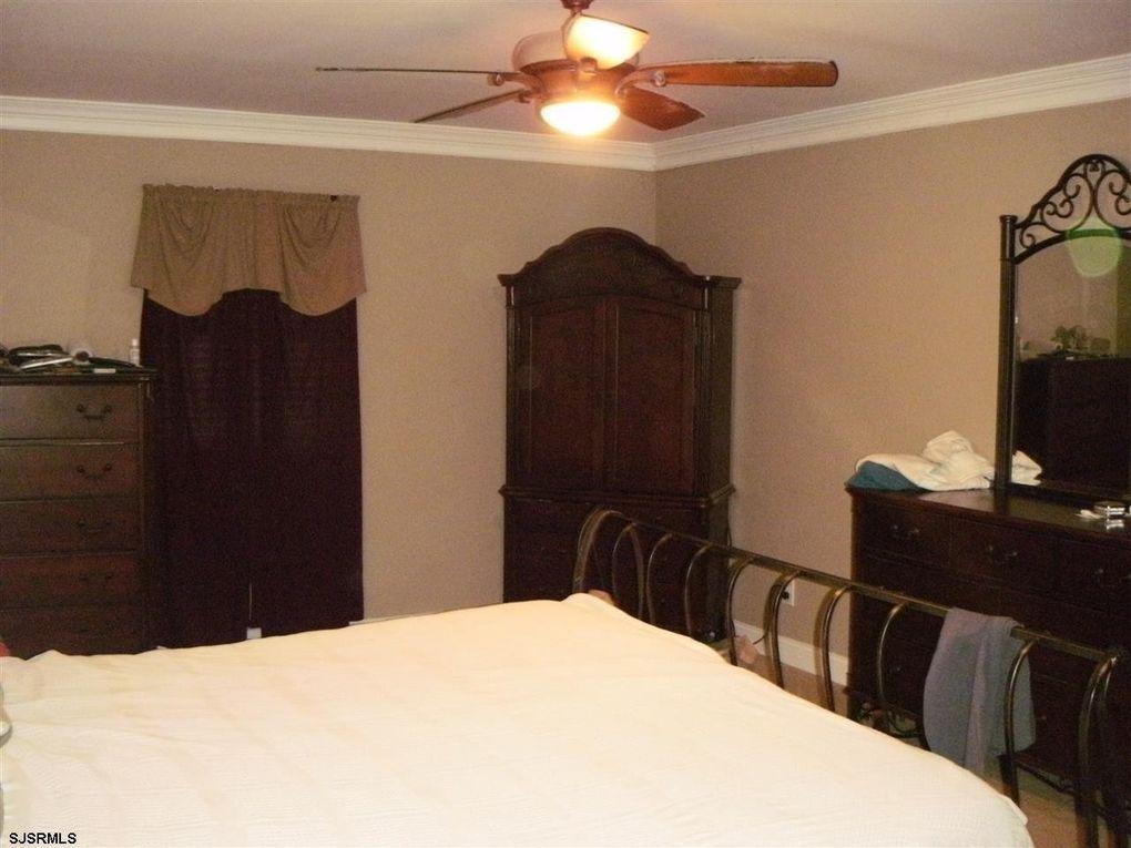 3 winfield dr berlin nj 08009. Black Bedroom Furniture Sets. Home Design Ideas