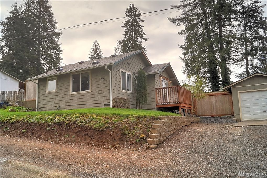 321 Chestnut St, Shelton, WA 98584