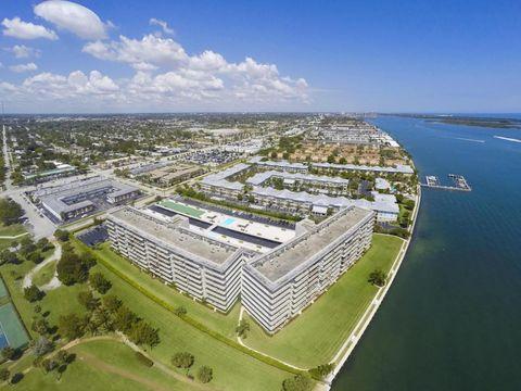801 Lake Shore Dr Apt 312, Lake Park, FL 33403
