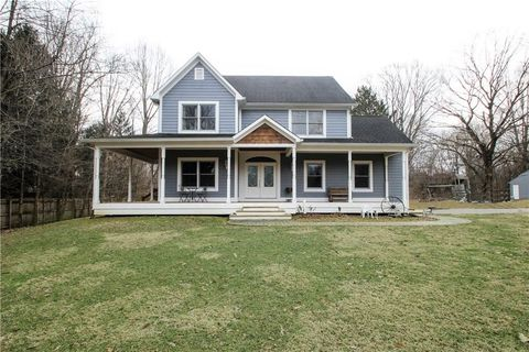 Photo of 9355 E 180 S, Zionsville, IN 46077