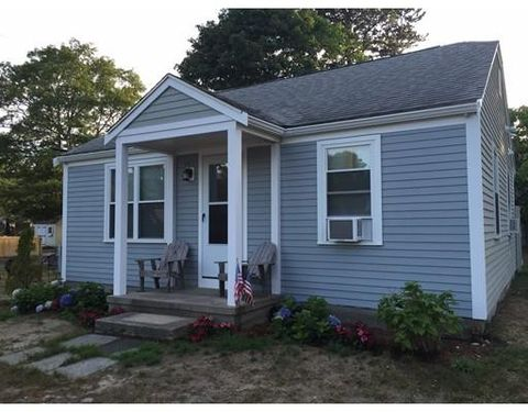 55 Run Pond Rd, Yarmouth, MA 02664