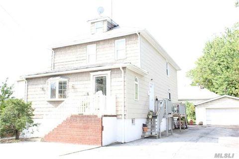 261 Henry St, Inwood, NY 11096