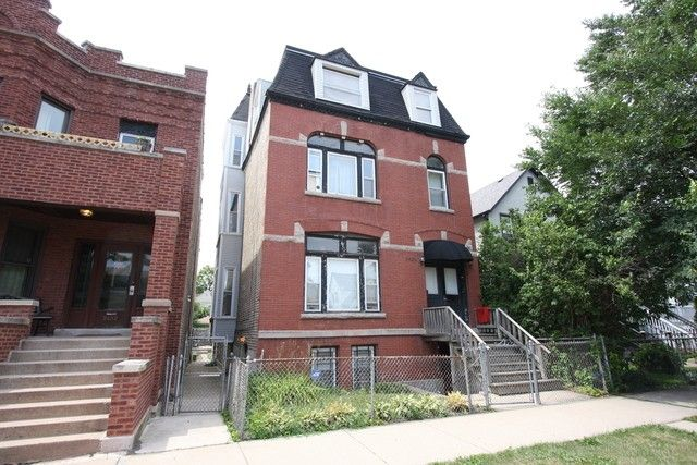 2434 N Rockwell St Chicago, IL 60647