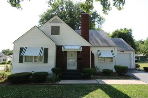 2738 S Crysler Ave, Independence, MO 64052