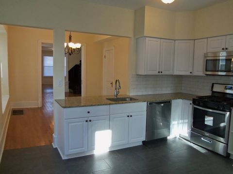 Photo of 1192 Parkwood Blvd, Schenectady, NY 12308
