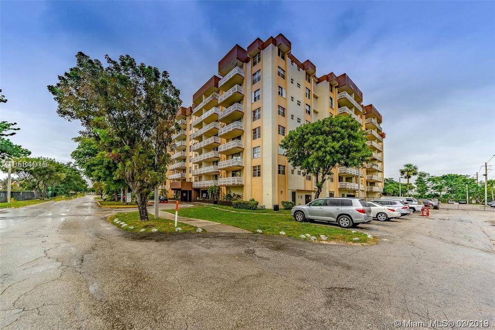 15600 Nw 7th Ave Apt 601, Miami, FL 33169