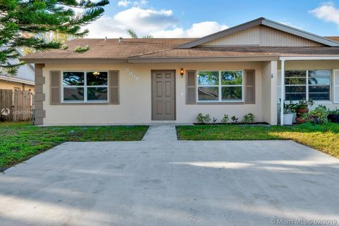 Photo of 3934 Loni St, Lake Park, FL 33403