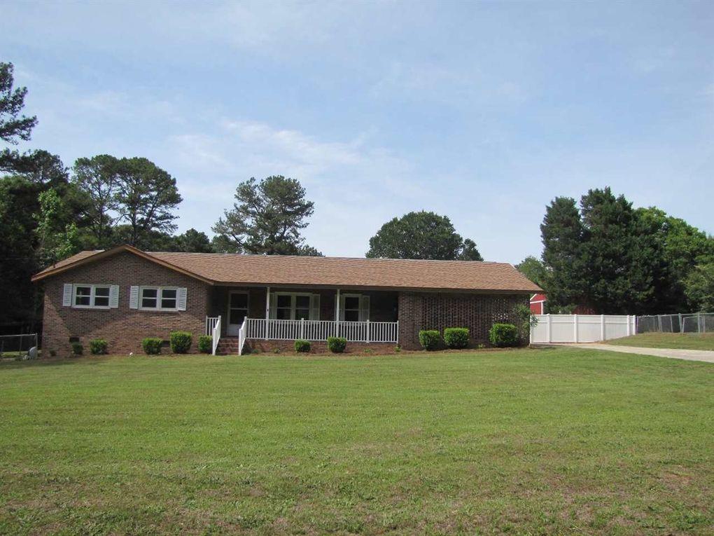 359 Langston Rd, Perry, GA 31069