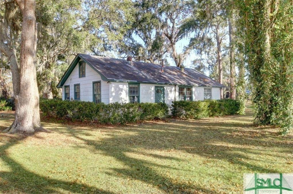 1512-C Walthour Rd Savannah, GA 31410