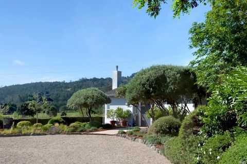 Photo of 2705 Spring St, Saint Helena, CA 94574