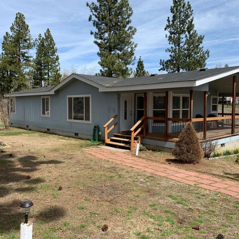 Photo of 34245 Copperfield Dr, Chiloquin, OR 97624