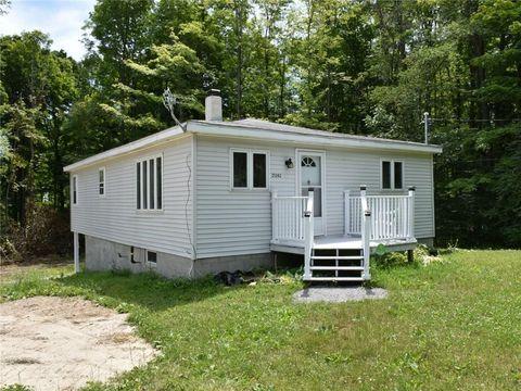 21242 Hillview Rd, Saegertown, PA 16433