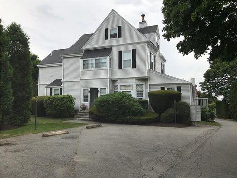 Photo of 114 Girard Ave Apt 6, Newport, RI 02840