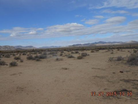 Fairlane Rd, Lucerne Valley, CA 92356