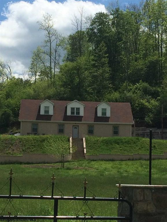 7165 Rock Camp Rd Wallace Wv 26448