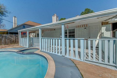 page 5 houston tx houses for sale with swimming pool