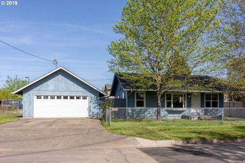 Photo of 1175 Hayes St, Eugene, OR 97402