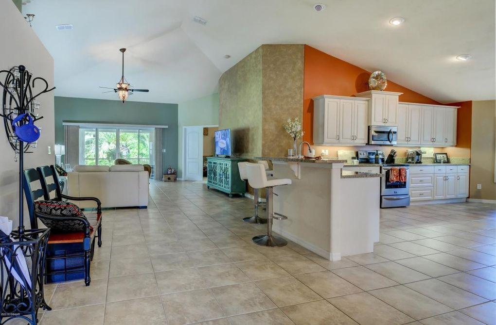 370 Leoni St, New Smyrna Beach, FL 32168