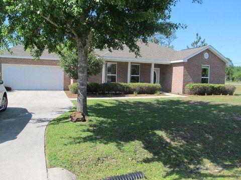 26 Village Ln, Freeport, FL 32439