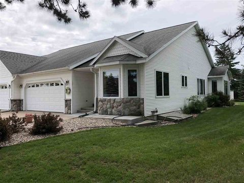 5417 Woodland St, Stevens Point, WI 54482