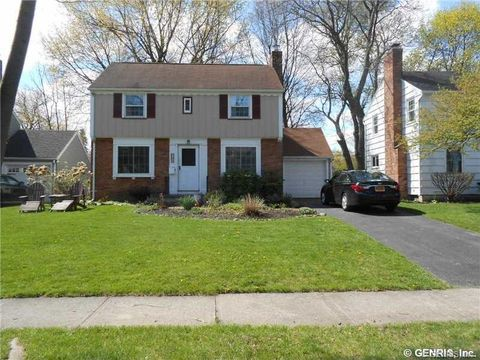 169 Elm Dr, Rochester, NY 14609